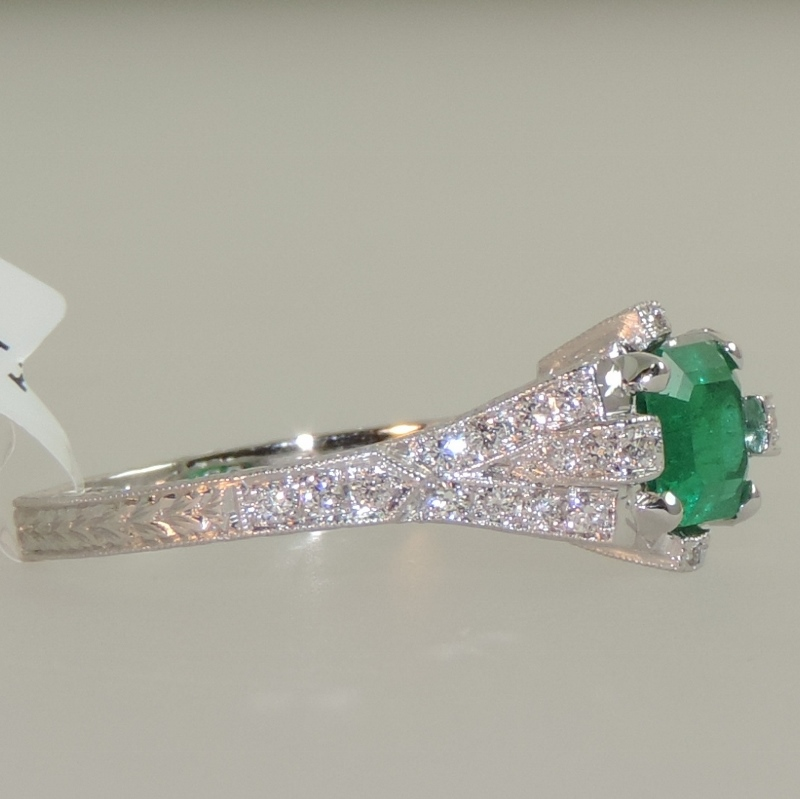 Emerald and Diamond Ring Vintage Design