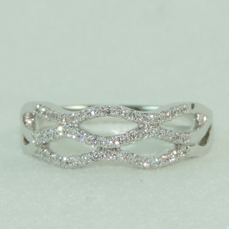 14k White Gold and Diamond Infinity Inspired Band